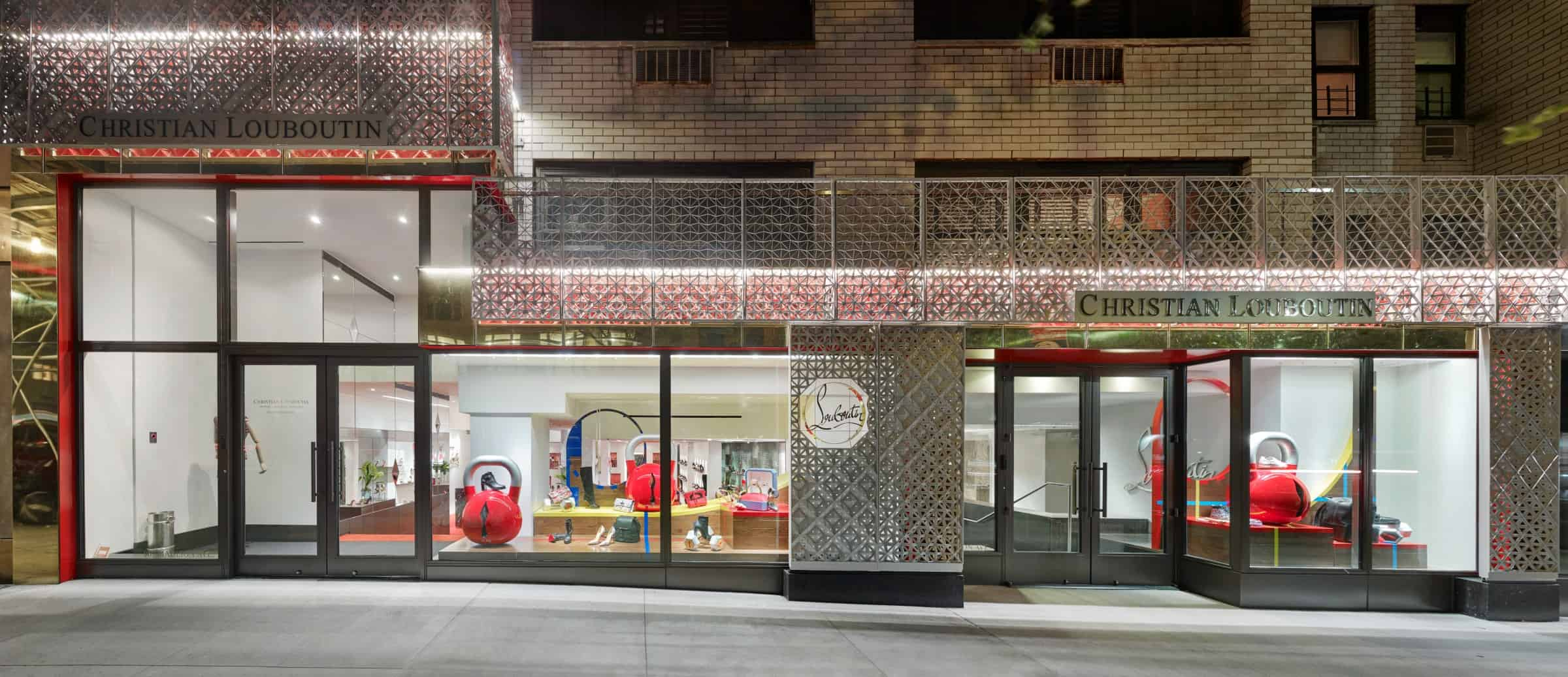 Christian-Louboutin-manhatten-facade-by-metadecor-2